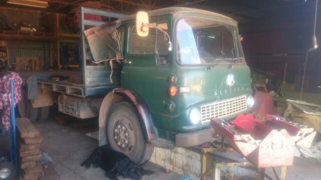 TK Bedford 300ci petrol    parts availability? - Historic Commercial