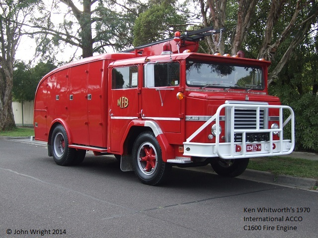 International ACCO C1600 Fire Engine